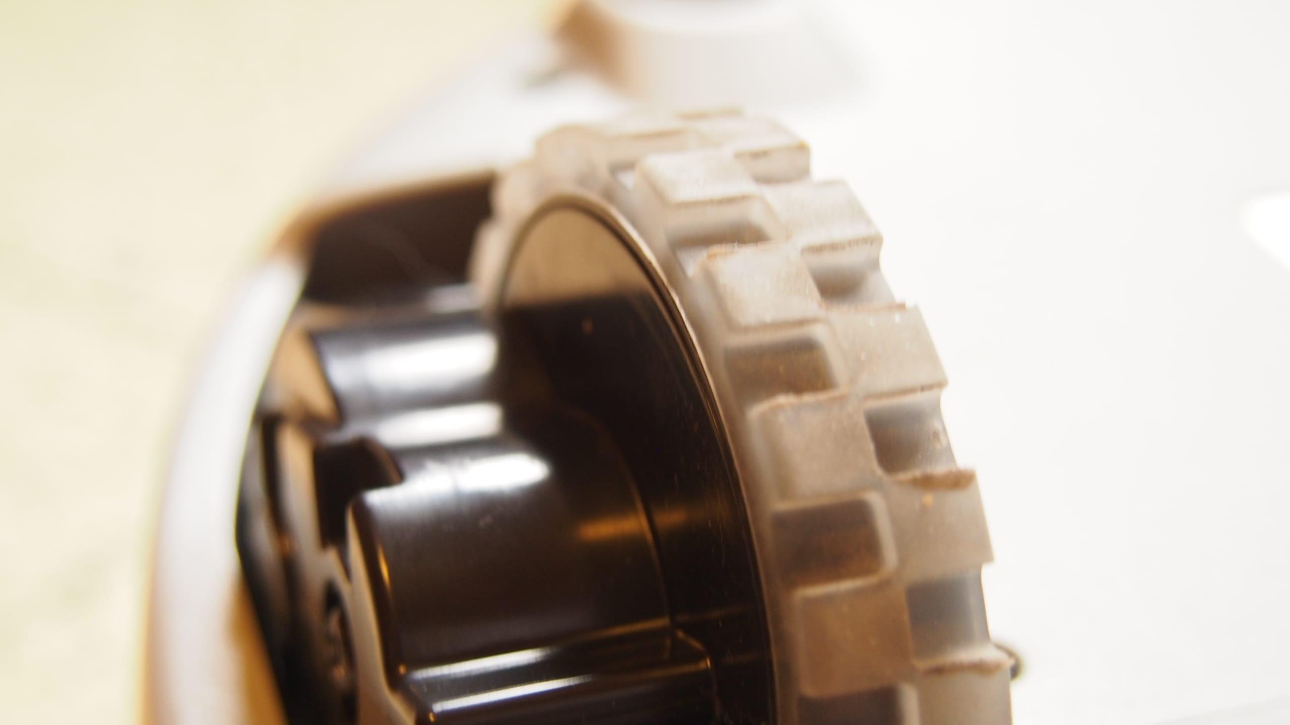 neato vaccum wheel