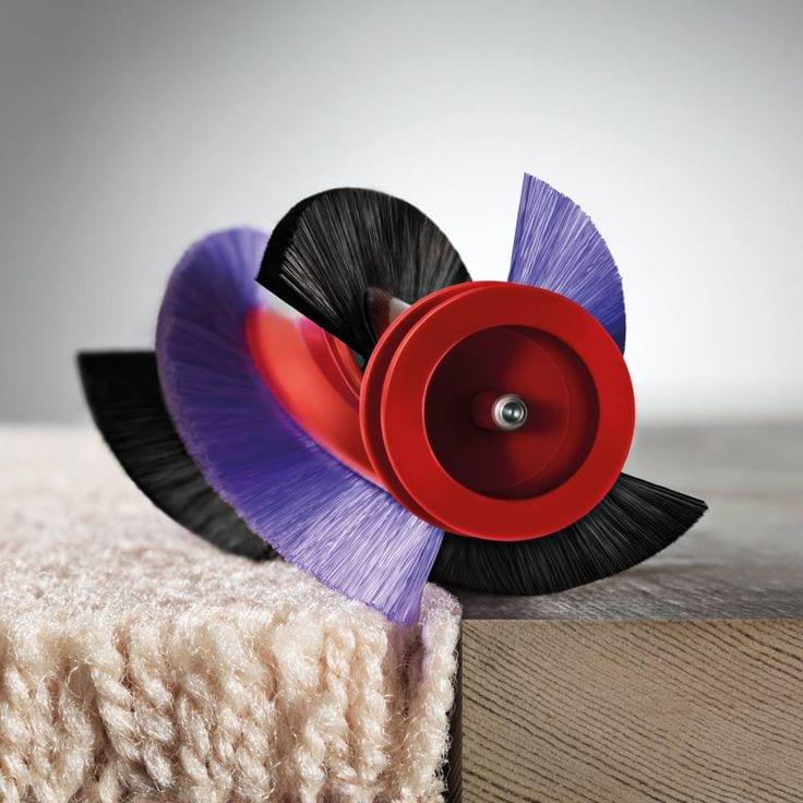 dyson carbon fiber bristles