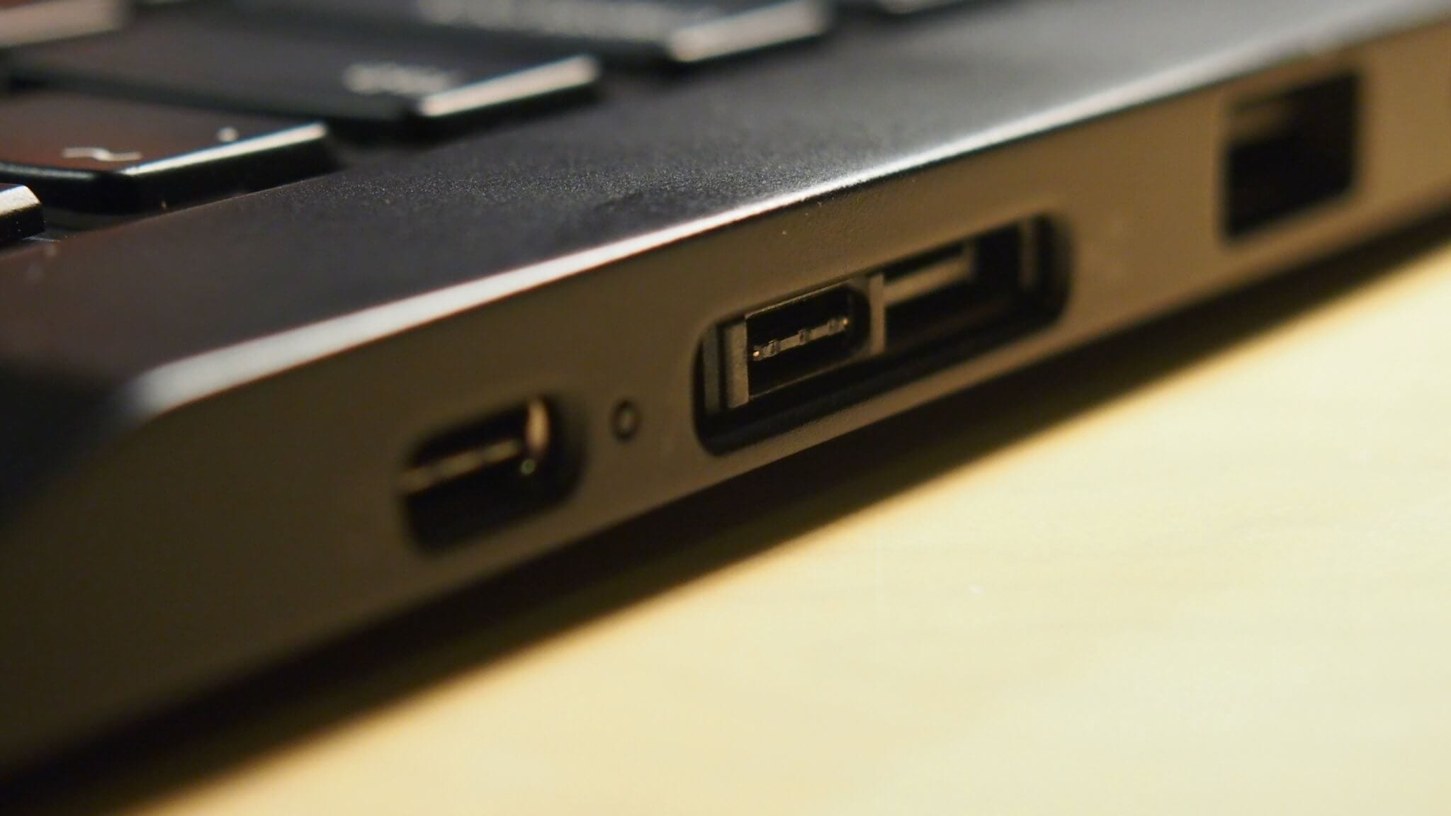 Thinkpad X13 Yoga Docking Port