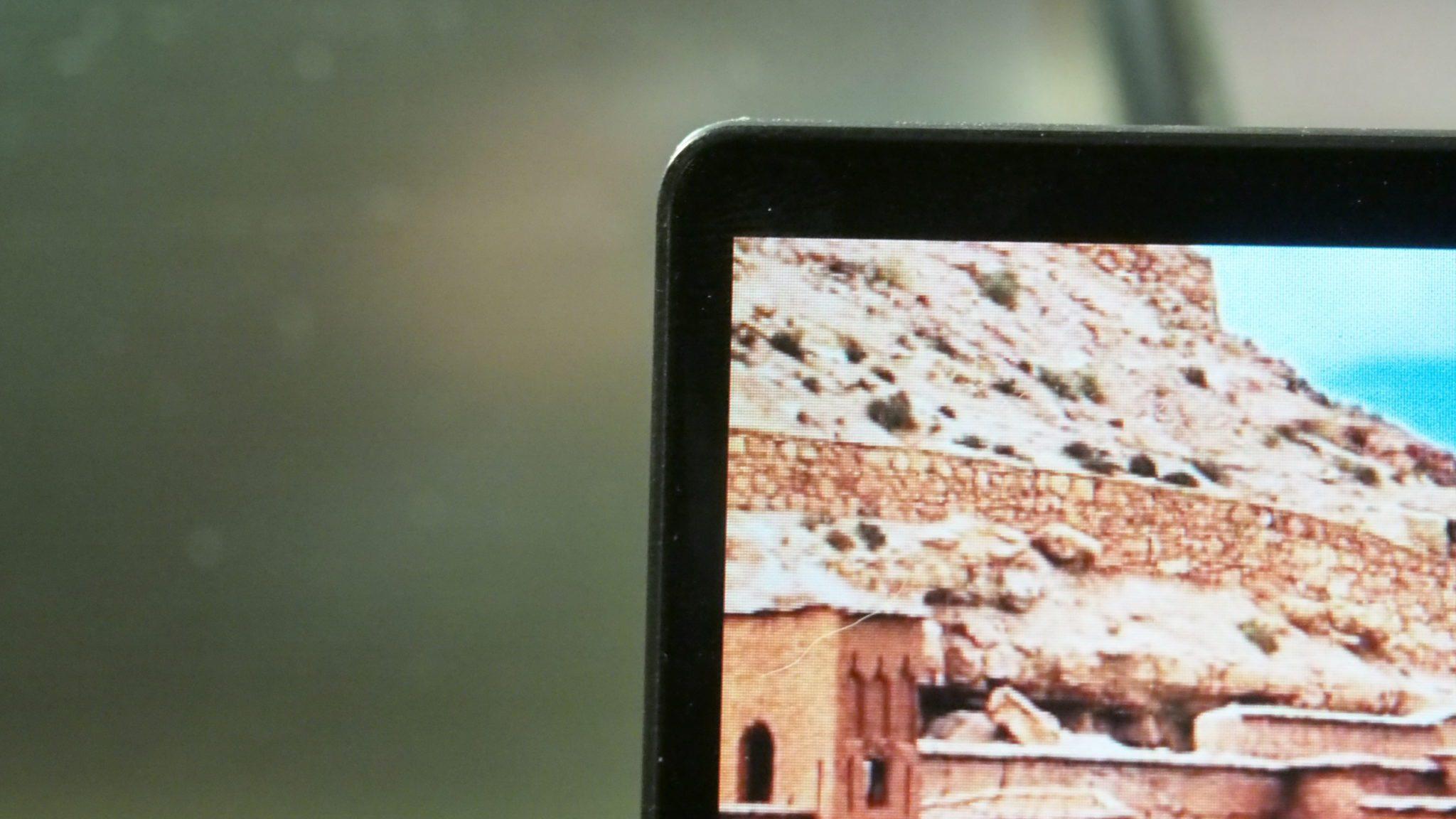 המסך של ה-Dell XPS 13