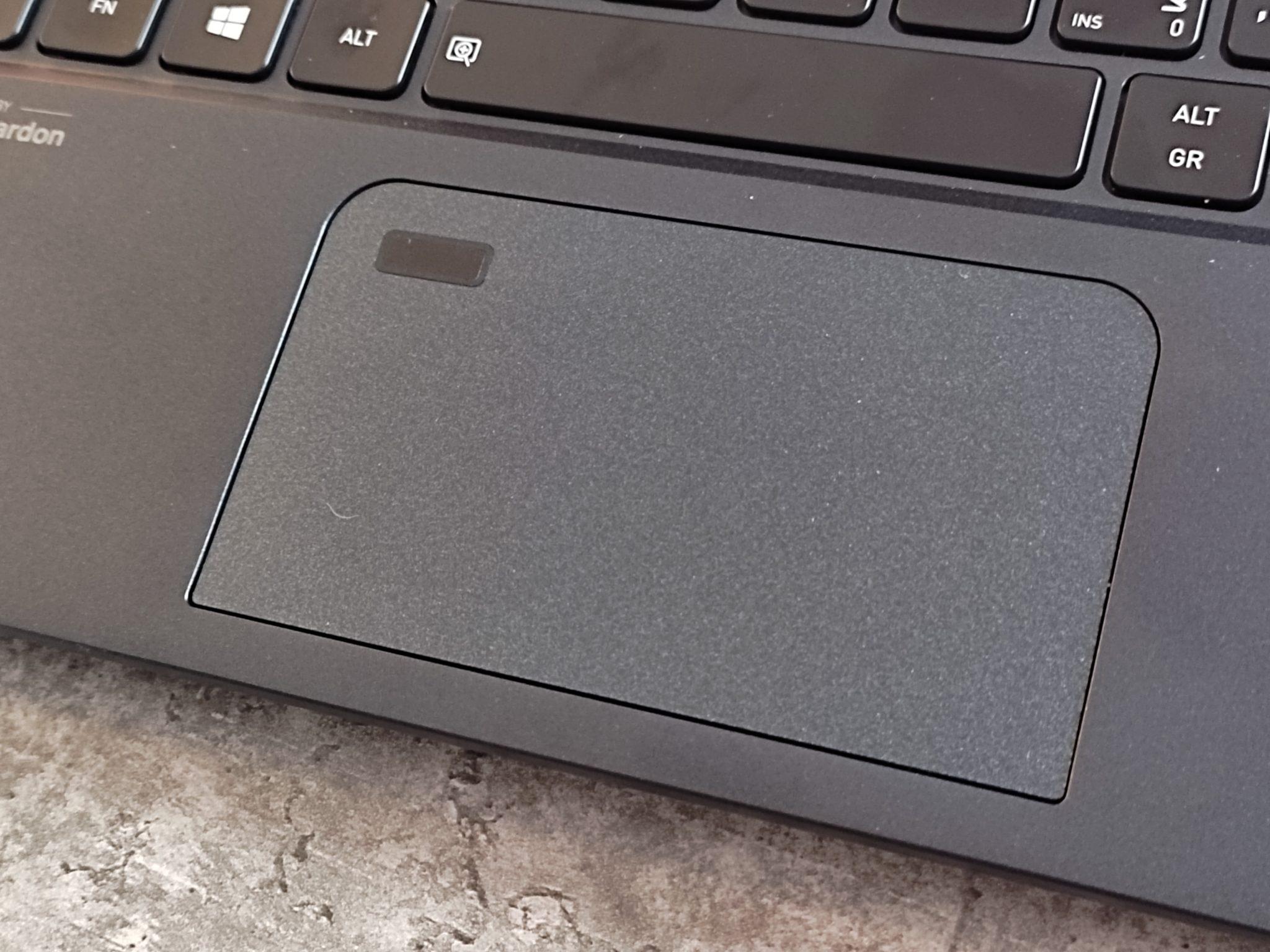 משטח מגע של dynabook Portege X30