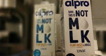 ששש...זה לא חלב, shhh...it's not milk